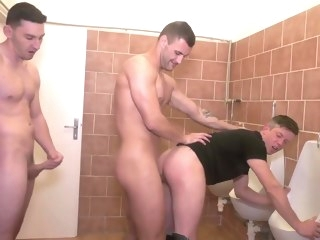 cumshot Sex Addicts brunette