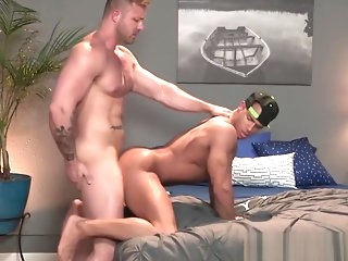 blowjob Sean Zevran Punished by Austin Wolf's Hot Padre Dick hunk